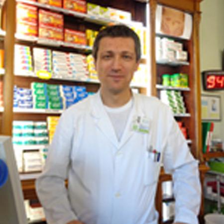 http://www.farmaciaserafini.net/wp-content/uploads/2016/09/chelini.jpg