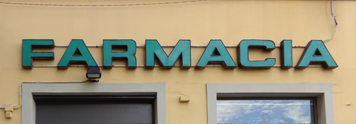 http://www.farmaciaserafini.net/wp-content/uploads/2016/09/farmacia-2.jpg