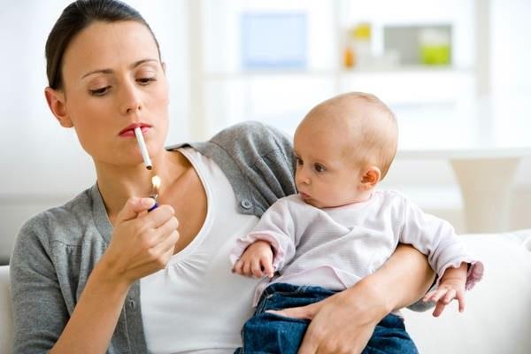 genitori-che-fumano.jpg