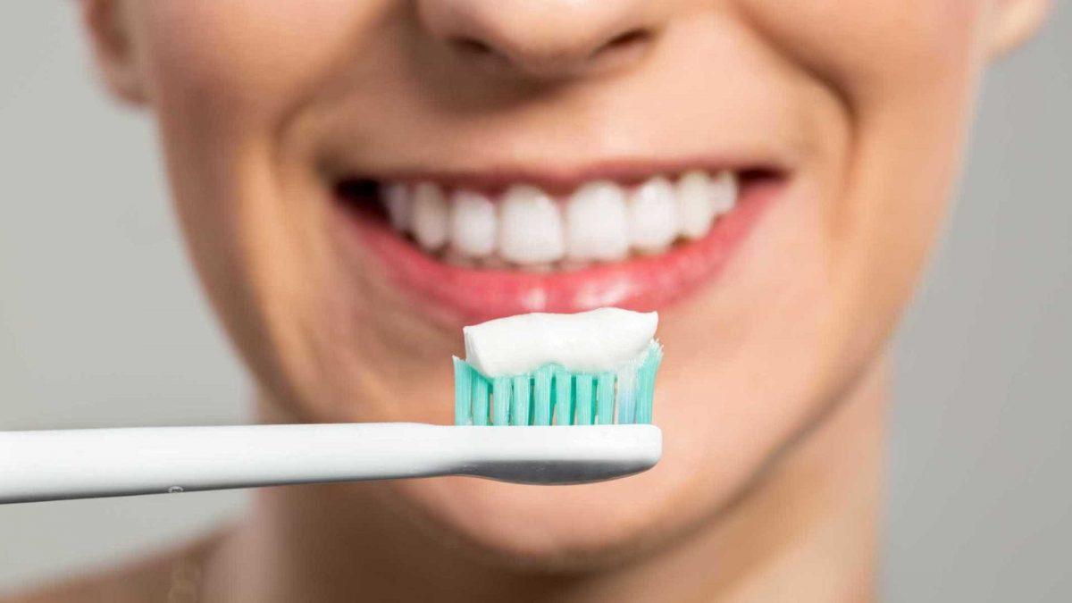 dentifricio-sbiancante-1200x675.jpg