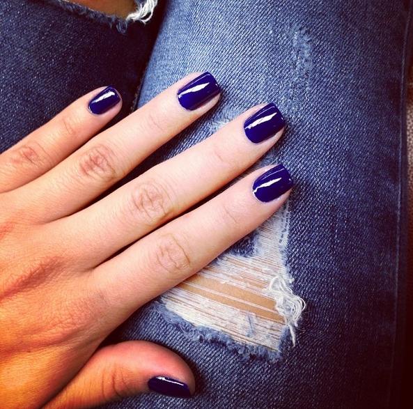 unghie-blue.png