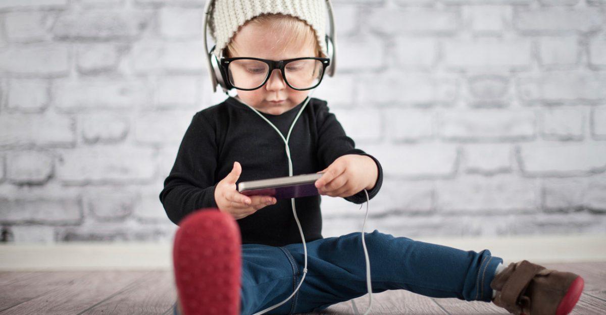 Bambini-digitali-1200x624.jpg