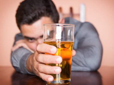 alcol_dipendenza.jpg