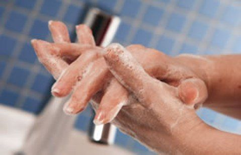 lavarsi-le-mani.jpg